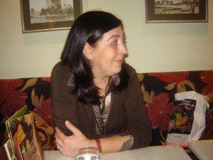 Leonor Quintana Licenciada en Filología Inglesa. Profesora de ELE en Atenas (Grecia) desde 1981. http://kontarini.blogspot.com/